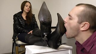 Under Girls Feet-slave Improper Boot Cleaning