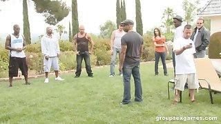 Amateur Amber Rayne in a hardcore outdoor interracial gangbang